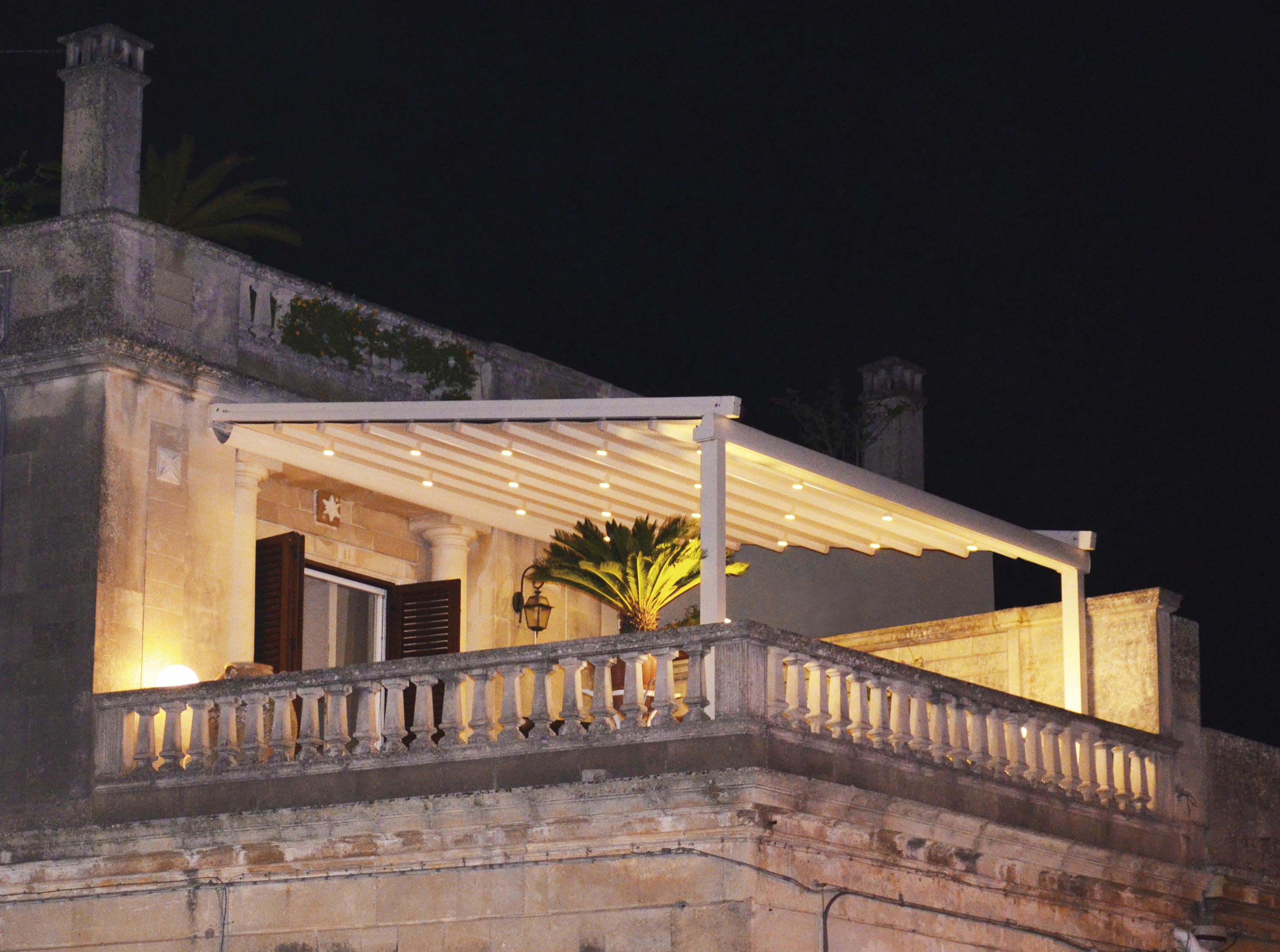 pergola-pergolato-alabama-copertura-terrazzo-illuminazione-integrata