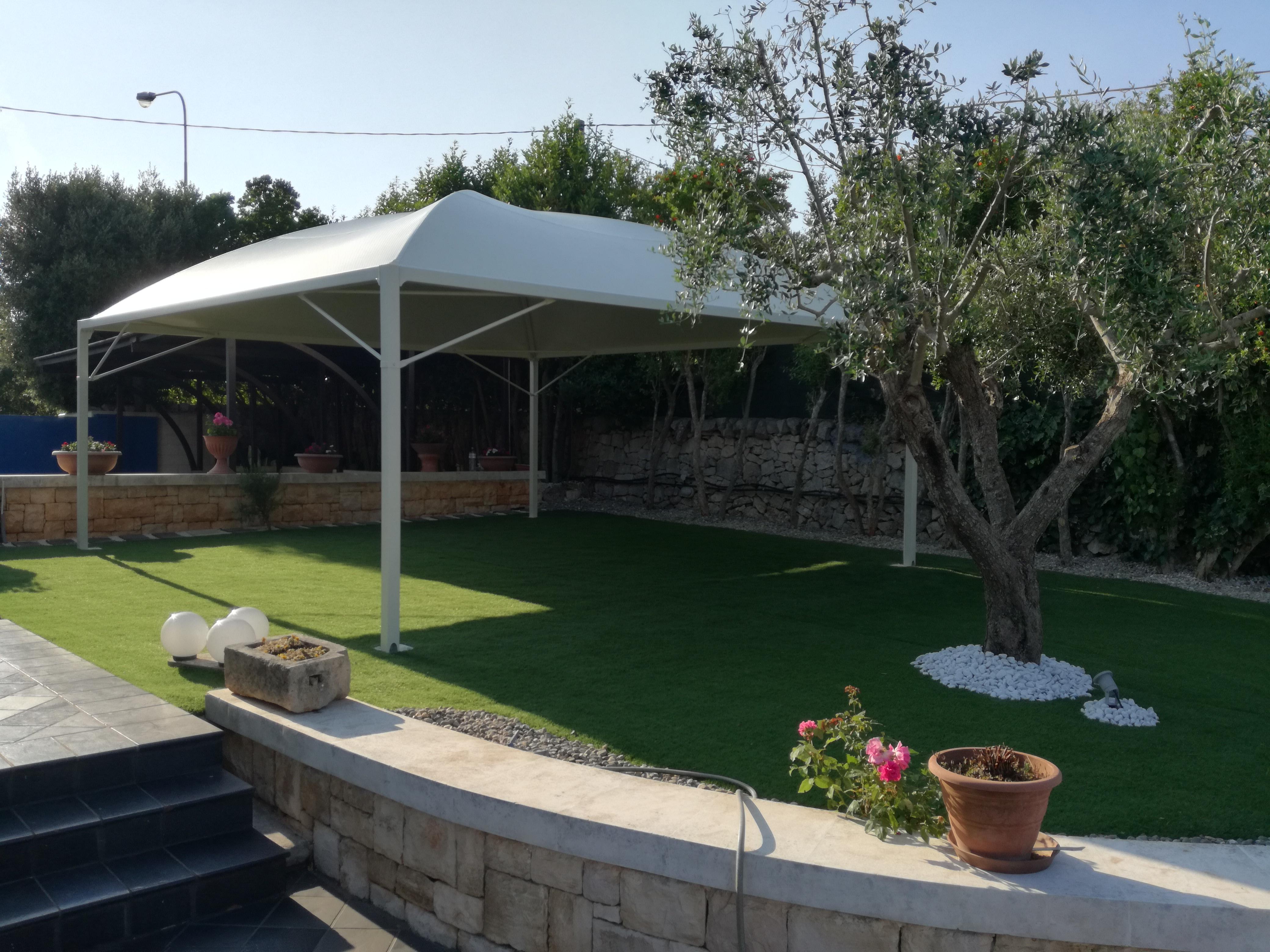 manutenzione gazebo giardino pulire il telo pvc